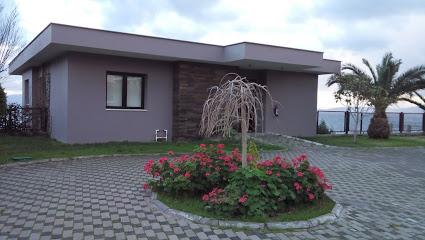 Ариа Кларос готель