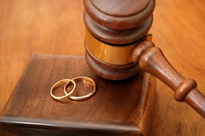 Boşanma Avukatı İzmir - Anlaşmalı ve Çekişmeli Boşanma Davaları