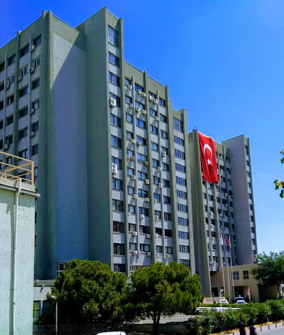 İzmir Atatürk Eğitim Ve Araştırma Hastanesi Cyber Knife Robotik Cerrahi