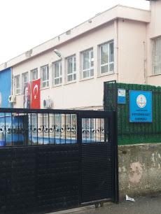 İzmir-Balçova Ertuğrulgazi İlkokulu