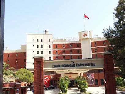 İzmir Ekonomi Üniversitesi C Blok