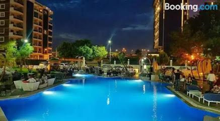 Karşıyaka Hotel