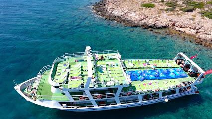 Okeanos Çeşme Tekne Turu