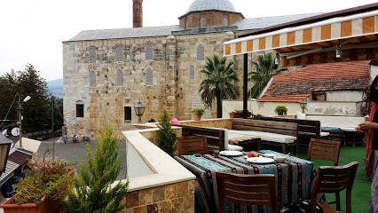 Rebetika Hotel & Restaurant