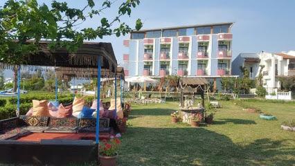 Rosalinda Hotel