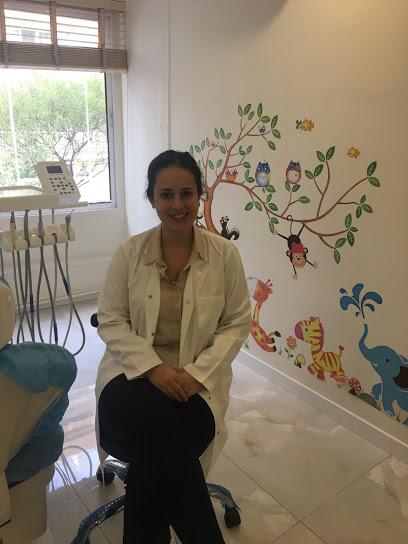 Uzm. Dt. Melike Turgut Coşgun Çocuk Diş Hekimi Uzmanı
